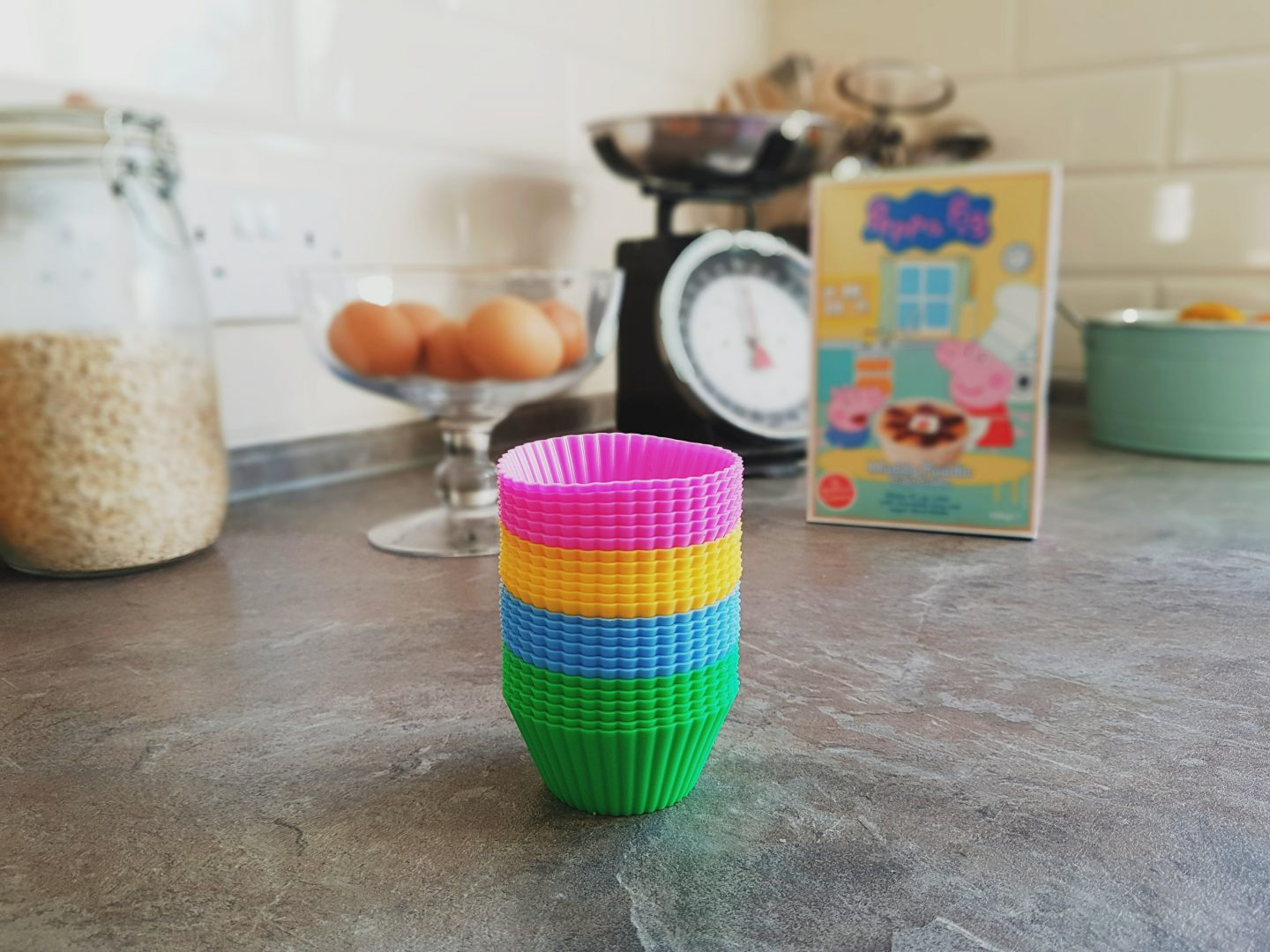 Review/Giveaway Vremi Baking Cups and Apple Slicer