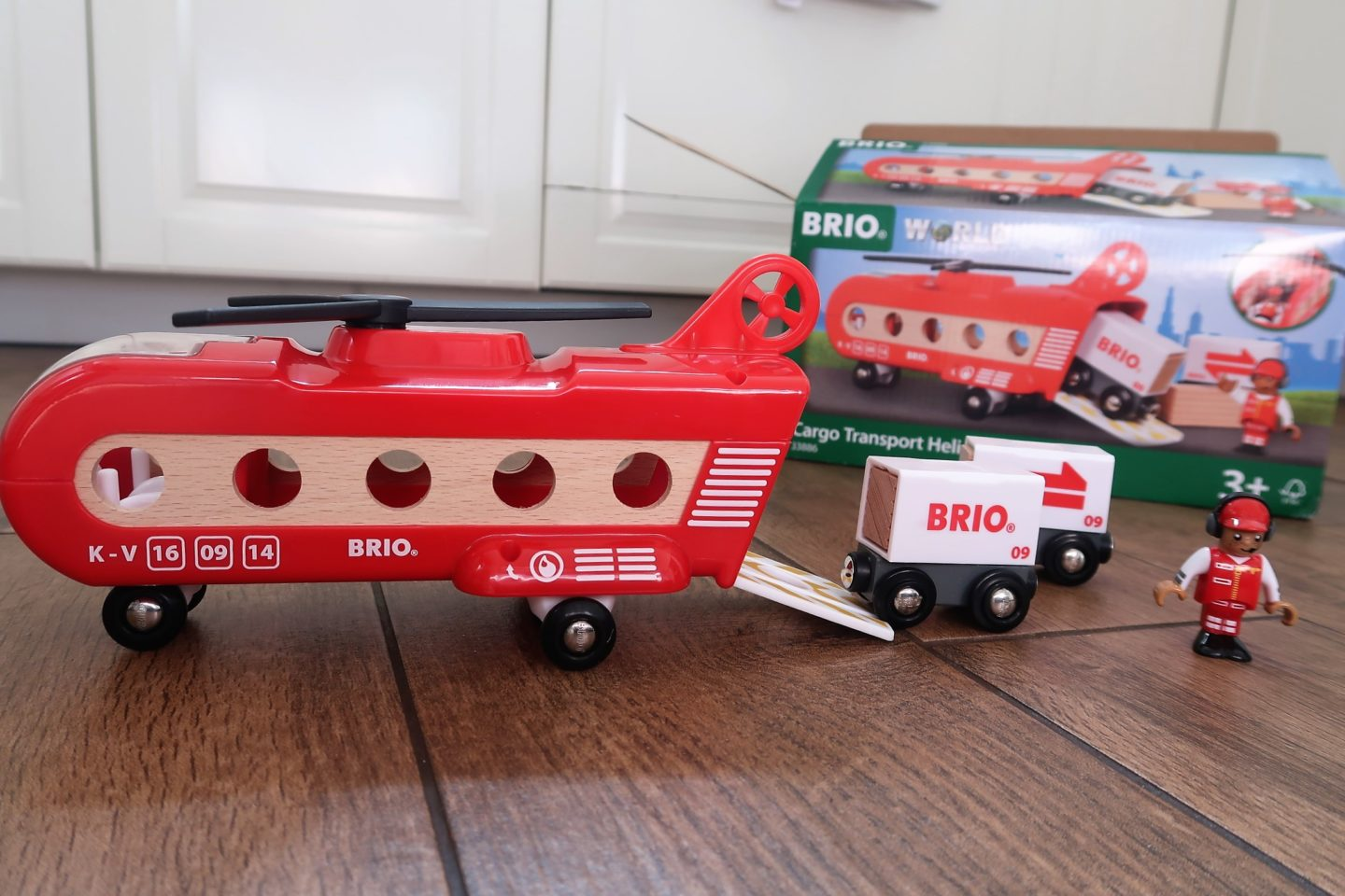 Brio Cargo Transport Helicopter (33886) Review | Ad
